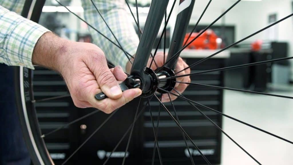 Remove The Front Wheel On Your E-Bike